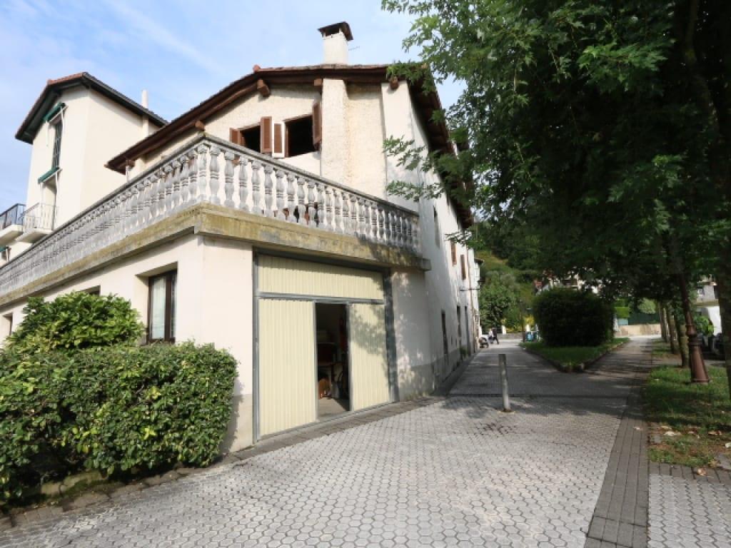 Casas en Venta en Irura Centro Gipuzkoa, AT001363